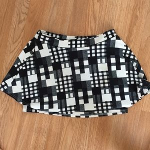 TCEC Abstract Plaid Skirt